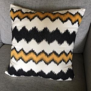"""Other - 16"""" Square Black, Gold & Natural throw pillow EUC"""